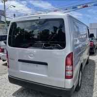 Toyota Hiace Bus 5,0L 2016