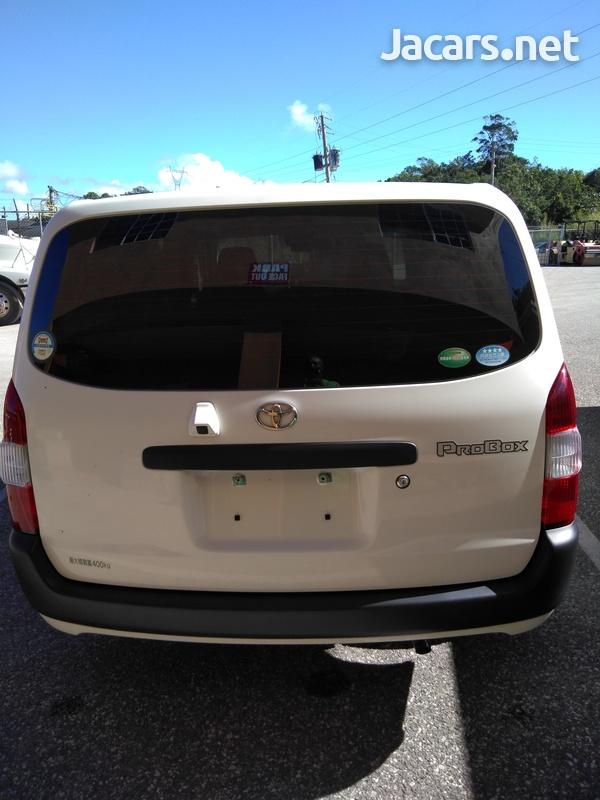 Toyota Probox 1,5L 2017-1