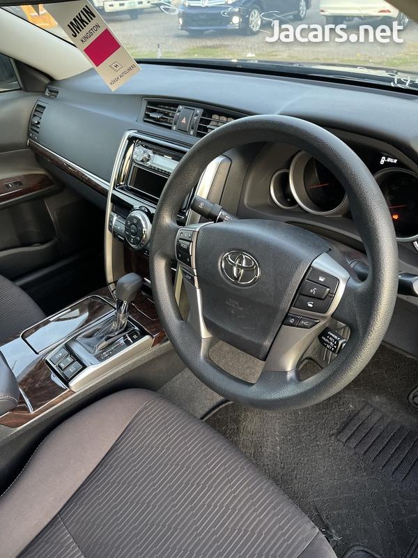 Toyota Mark X 2,5L 2018-15