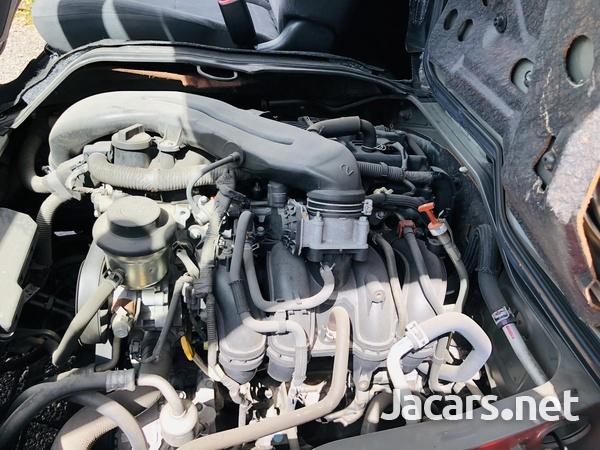 2013 Toyota Hiace Super GL-15
