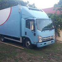 2013 Isuzu freezer truck