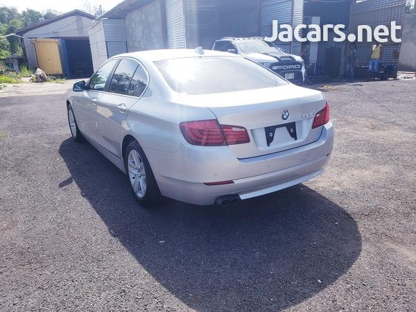 BMW 5-Series 2,5L 2012-6