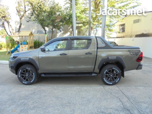 Toyota Hilux 2,9L 2021-3