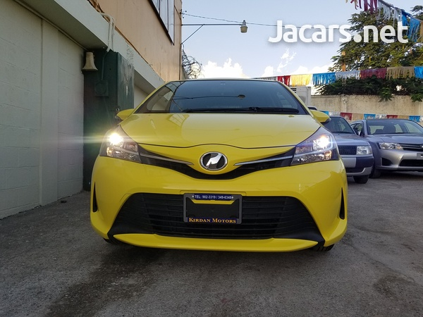Toyota Vitz 1,0L 2014-3