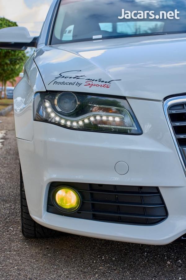 Audi A4 2,0L 2012-4