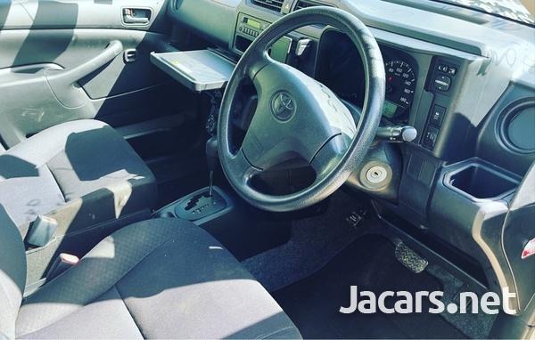 Toyota Probox 1,5L 2016-5