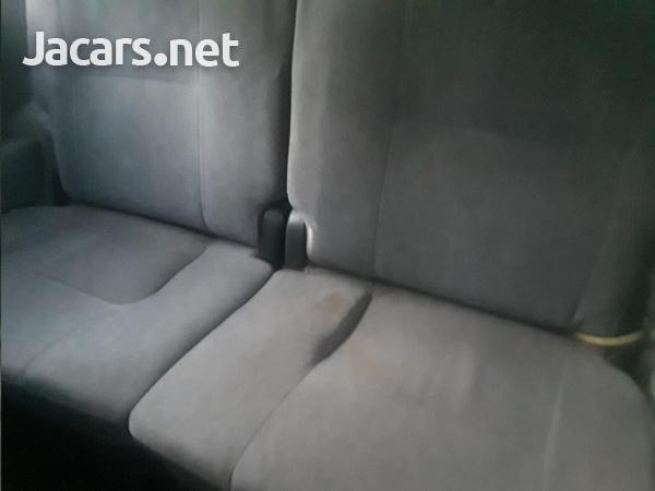 Toyota Noah 1,8L 2007-6