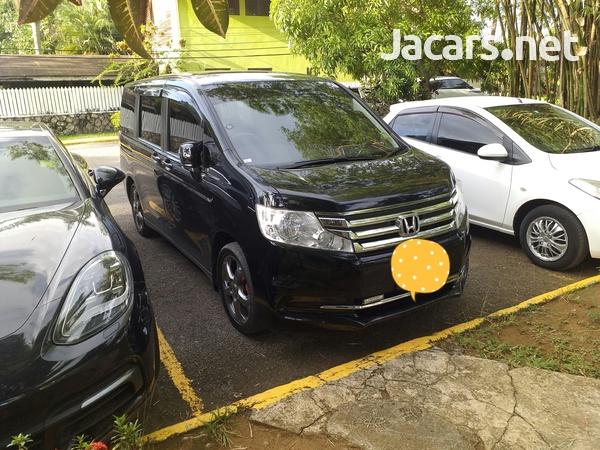 Honda Step wagon 2,0L 2014-2