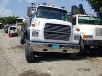 1997 Ford L9000 Crane Truck