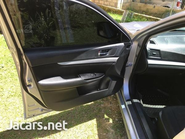 Subaru Legacy 2,0L 2011-11