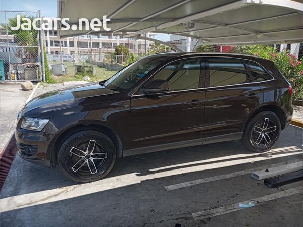 Audi Q5 2,0L 2012-4