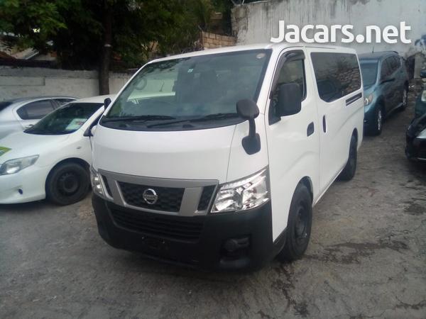 Nissan Caravan 2,5L 2013-3