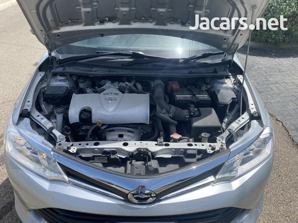 Toyota Axio 1,5L 2016-3