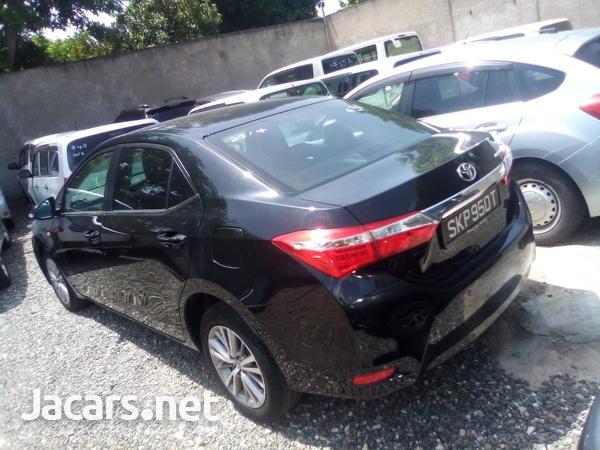 Toyota Corolla Altis 1,8L 2014-6