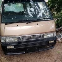 1998 Nissan Caravan