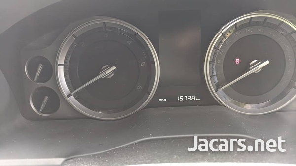 Toyota Land Cruiser 4,5L 2020-9
