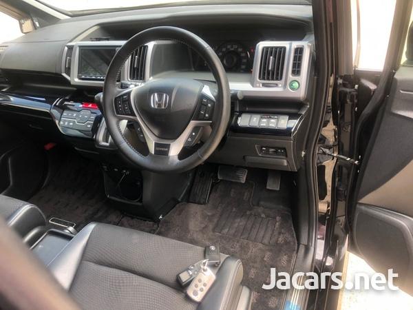 Honda Step wagon 2,0L 2013-9