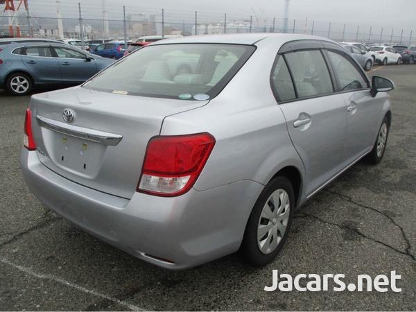 Toyota Axio 1,5L 2014-6