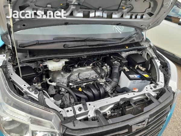 Toyota Noah 2,0L 2015-6