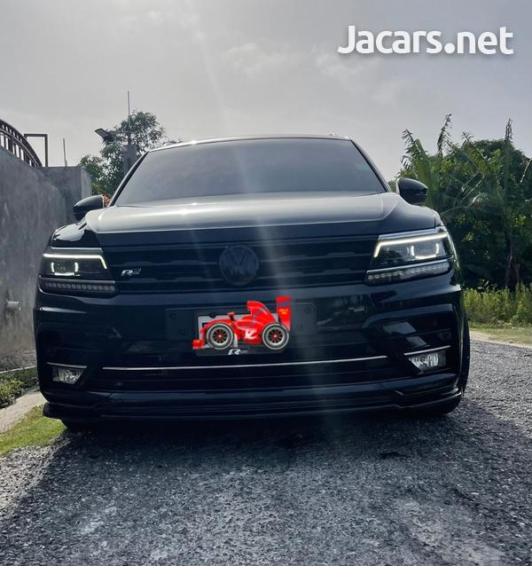 Volkswagen Tiguan 2,0L 2020-1