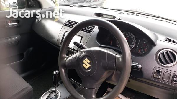 Suzuki Swift 1,3L 2010-6