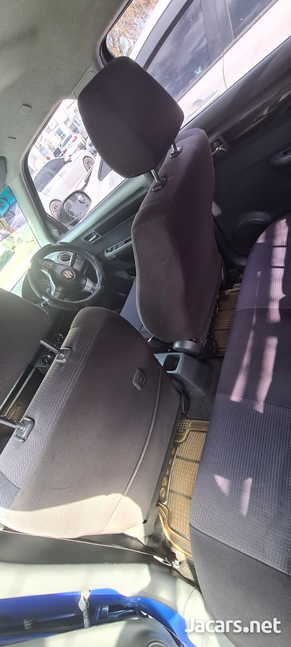 Suzuki Swift 1,5L 2010-8
