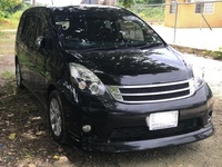 Toyota Isis 2,0L 2012