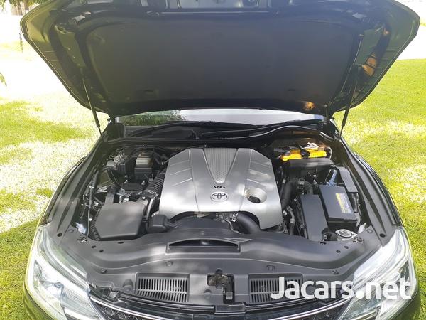 Toyota Mark X 3,5L 2015-11