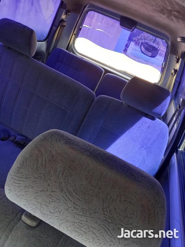 1999 Toyota Noah LiteAce-5