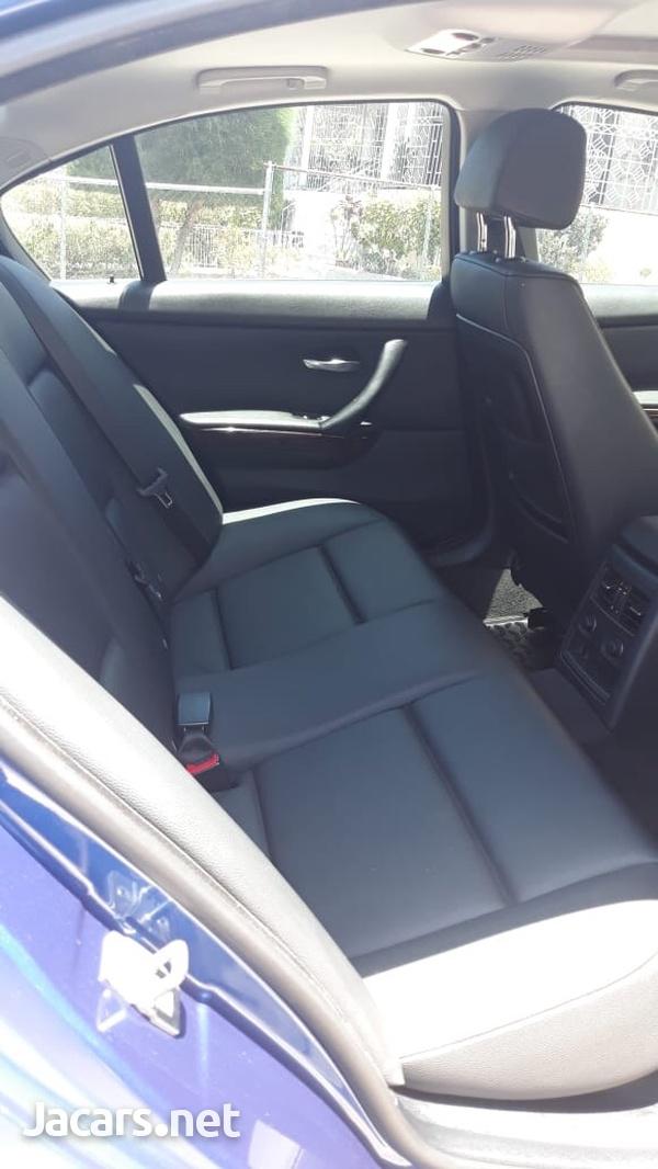 BMW 3-Series 2,0L 2010-7