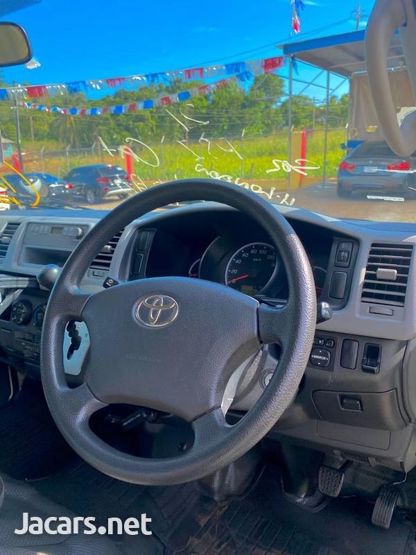 Toyota Hiace 2,5L 2012-2