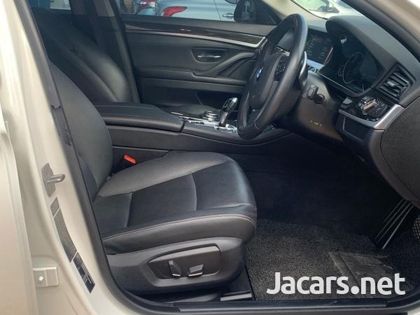 BMW 5-Series 2,0L 2015-4