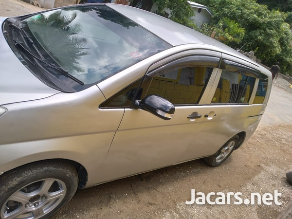 Toyota Isis 1,8L 2010-2