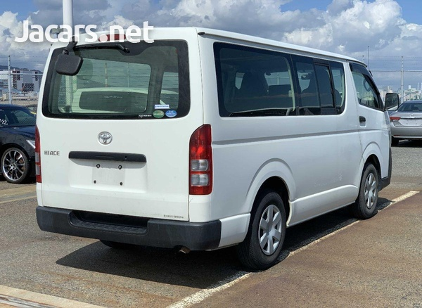 Toyota Hiace 3,0L 2013-4