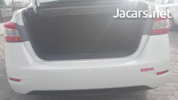 Nissan Sylphy 1,6L 2016-8