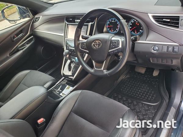 Toyota Harrier 2,0L 2016-5