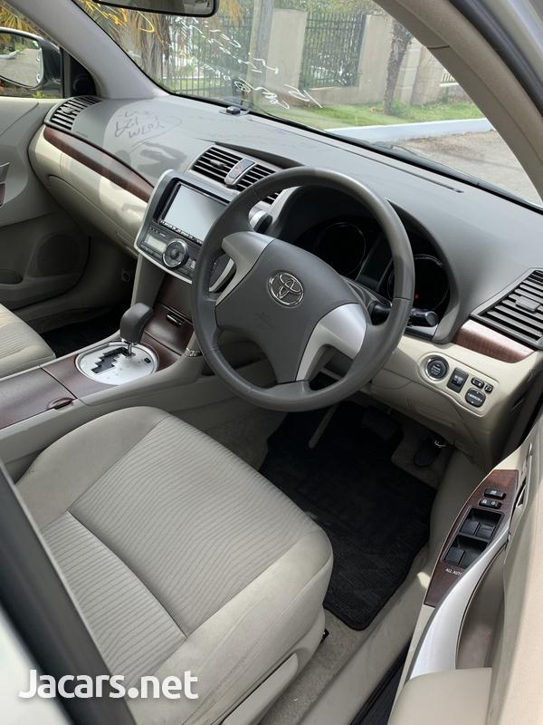 Toyota Premio 1,8L 2012-13