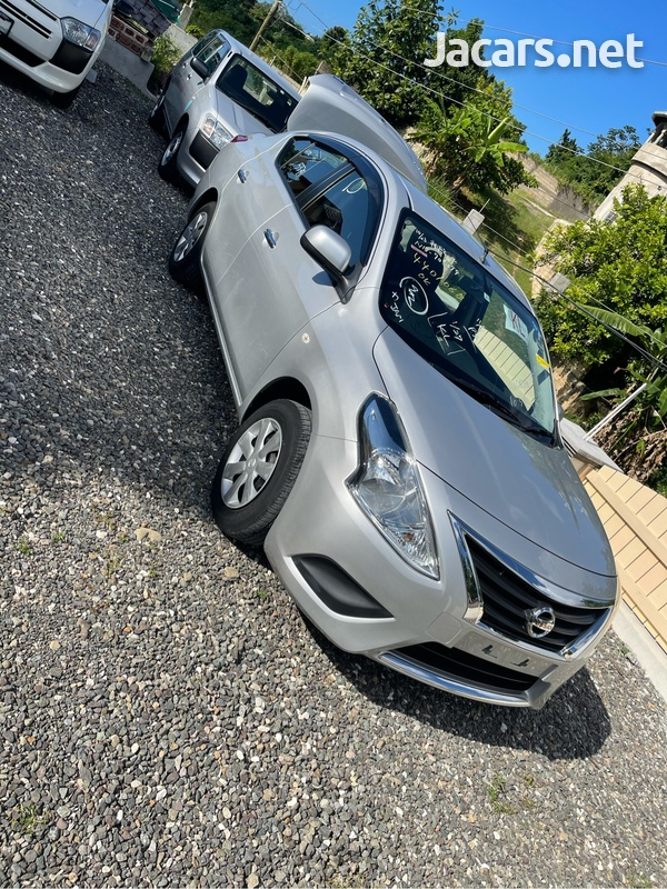 Nissan Latio 1,2L 2015-2