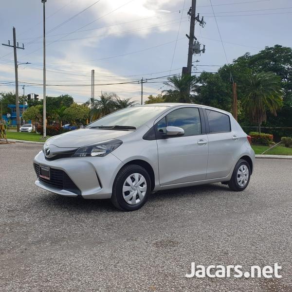 Toyota Vitz 1,0L 2015-11