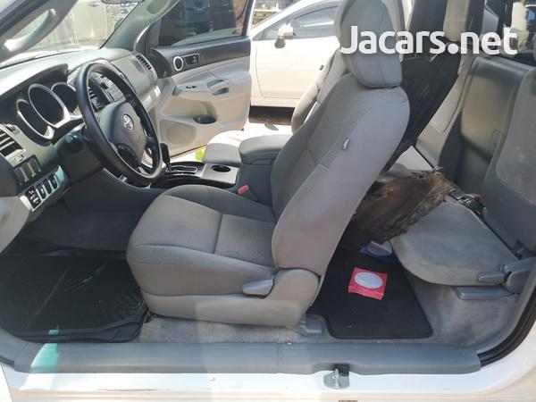 Toyota Tacoma 2,5L 2011-9
