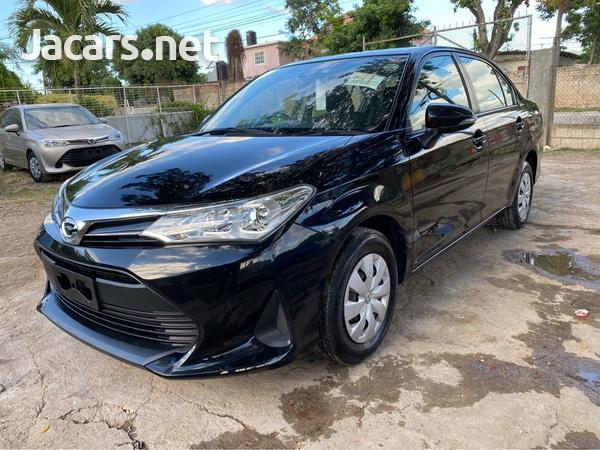 Toyota Axio 1,3L 2017-7