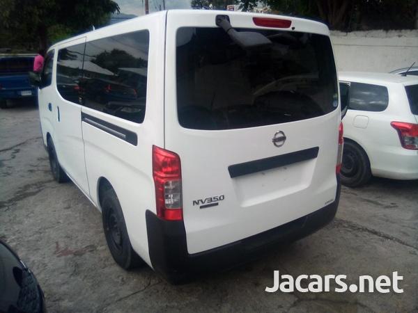 Nissan Caravan 2,5L 2013-5