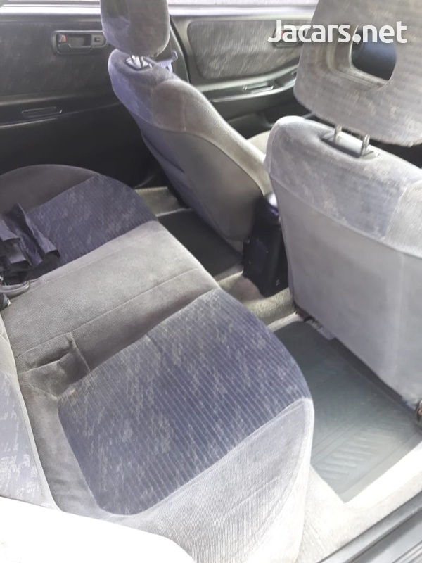 Honda Integra 1,8L 1996-3