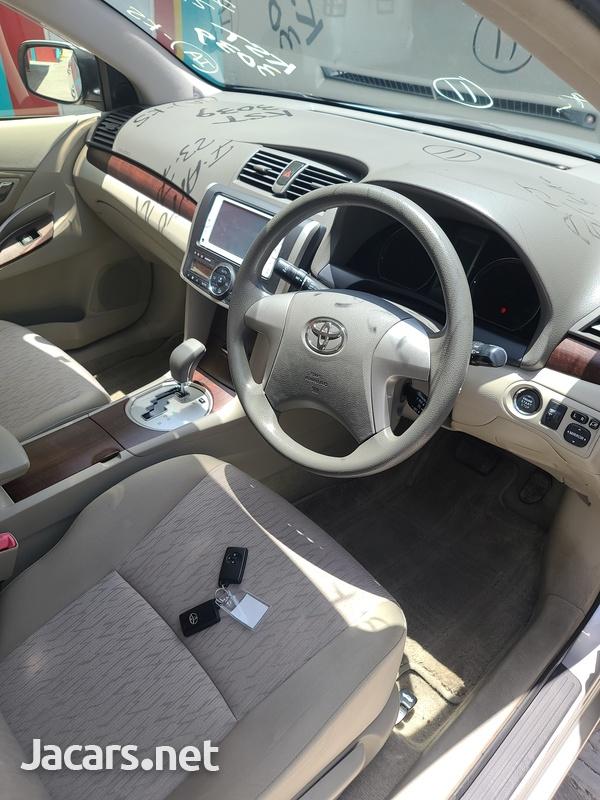 Toyota Allion 2,0L 2012-8