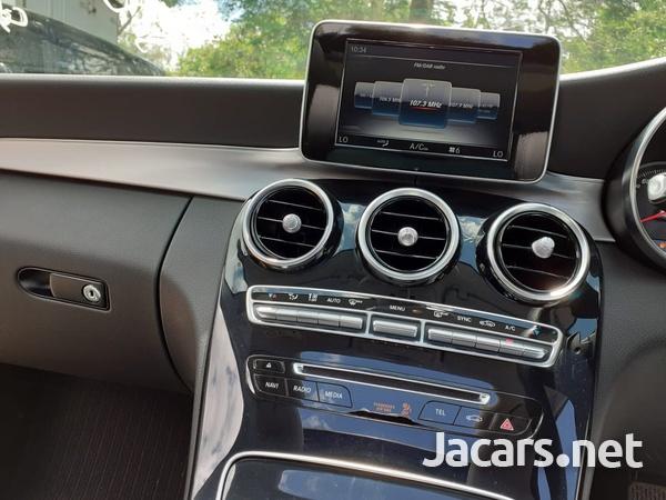 Mercedes-Benz C-Class 2,0L 2018-10