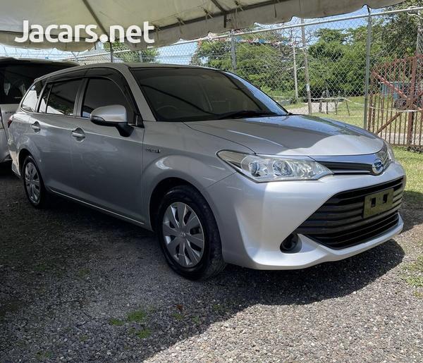 Toyota Fielder 1,5L 2015-1