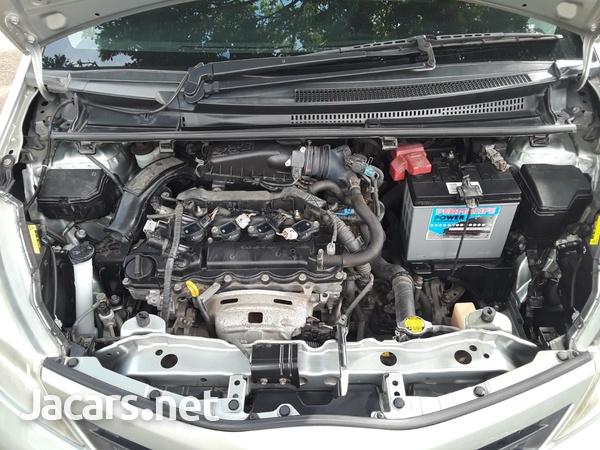 Toyota Vitz 1,3L 2011-8