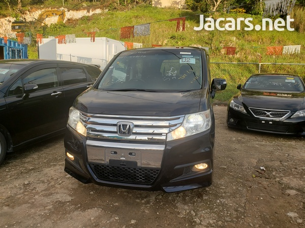Honda Step wagon 2,0L 2011-3
