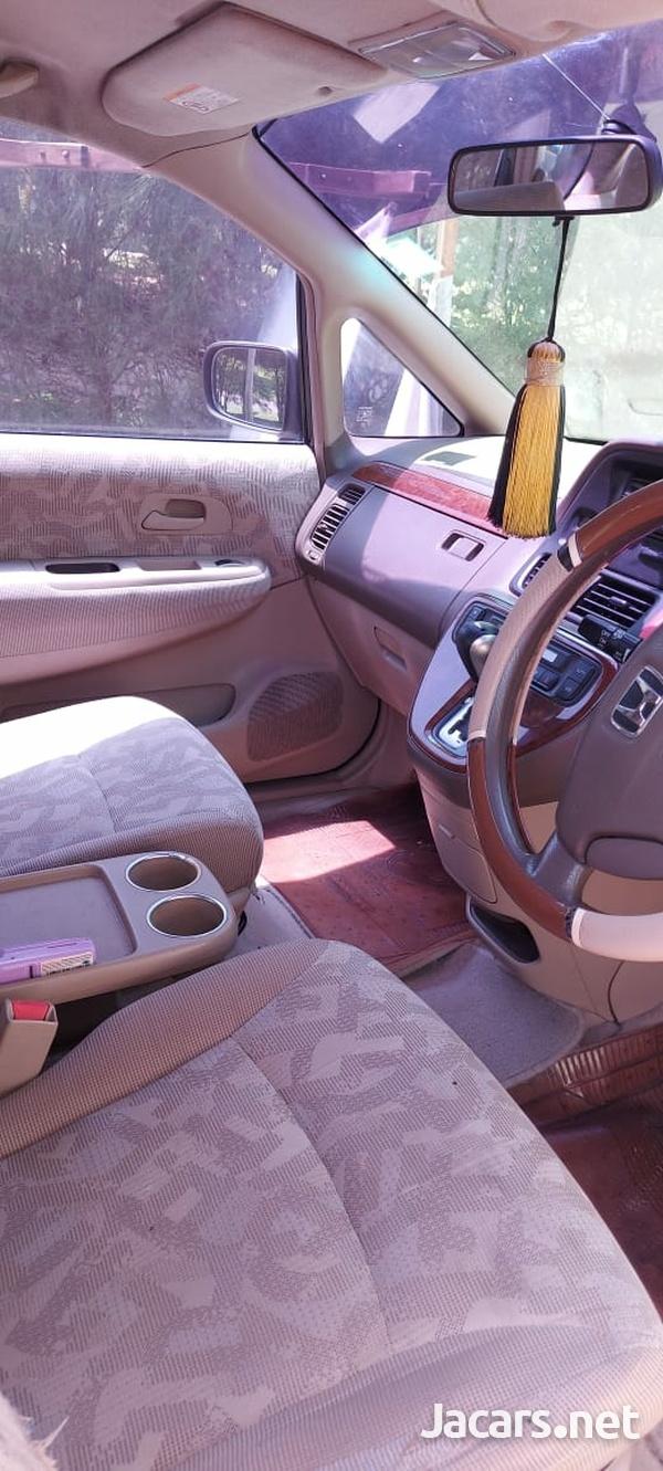 Honda Odyssey 2,5L 2002-6