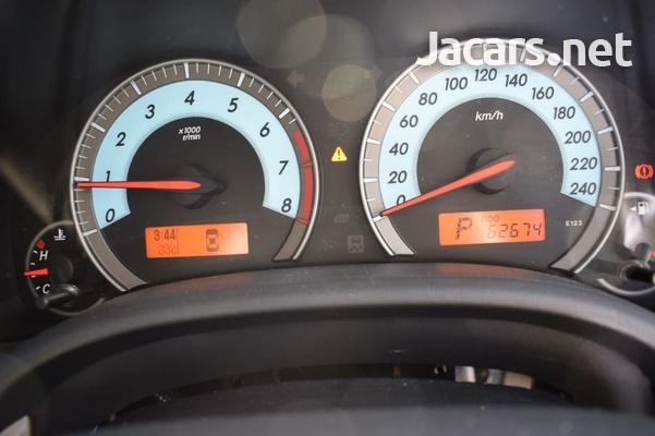 Toyota Corolla Altis 1,5L 2012-4